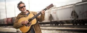 Canadian folk singer John Wort Hannam / Photo by George Webber